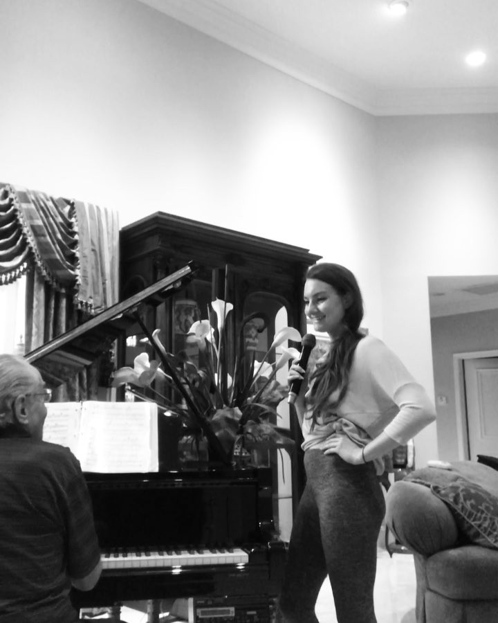 Tuned piano.. timeless pieces.. Tuesday's acoustic sessions are truly 👌🏼 #pianovocal #broadway #myfairlady